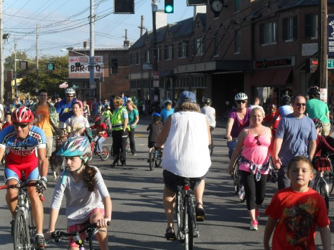 Bikers and walkers of all ages amassed in the middle of Bardstown Rd. in Louisville Oct. 16 for the second annual CycLOUvia.