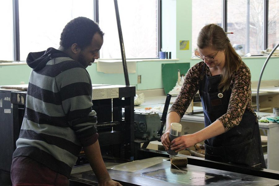 IU Southeast Printmaking Program Encourages Artistic Expression