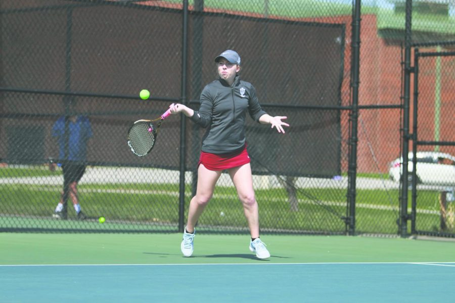 Senior Anne-Marie Mattox sets up a forehanded return in a Spring 2018 match. Mattox is one of two seniors on the women's team who Epkey believes will be a key leader for the squad. Photo by Tamar Kelly.