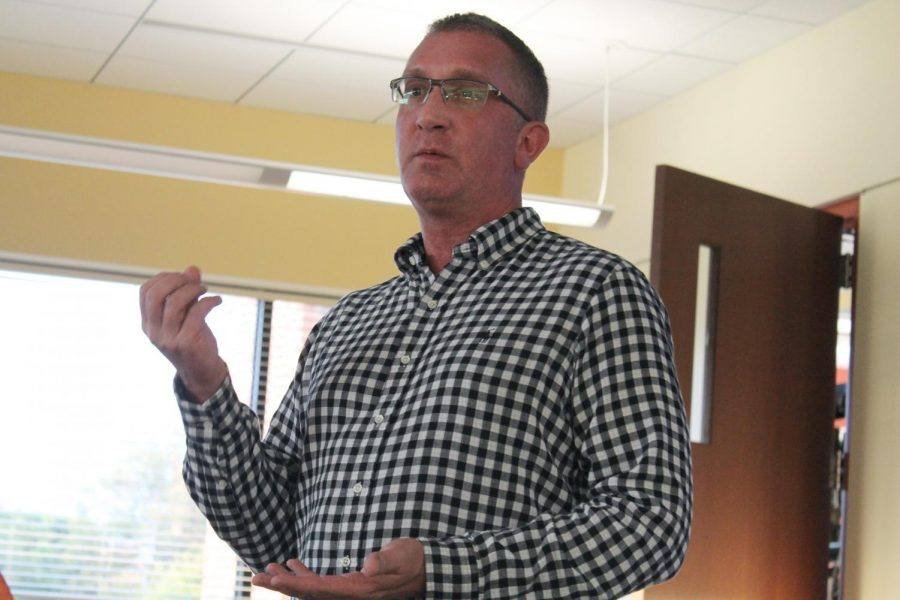 Michael Day, the head of personal counseling at IU Southeast, leads a discussion about suicide prevention.