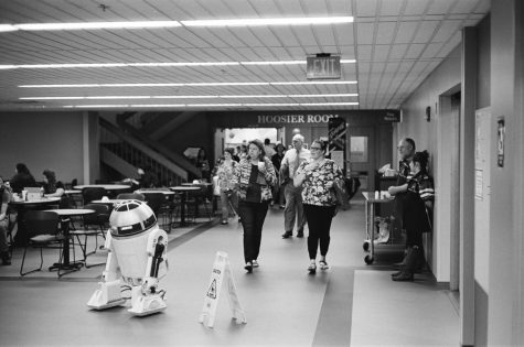 R2D2 makes his way to the Hoosier Room during 2018's Game On! event.