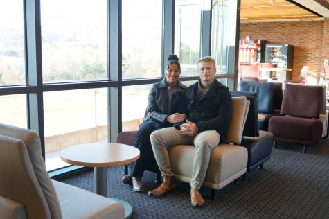 Gaven and Rocio Lozada-Smith have much in common, including the degrees they are pursuing. Both are business majors at IU Southeast.